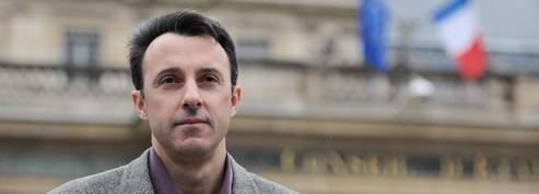 Le gendarme Matelly retrouve <br/>son salaire mais reste radié<br/>
