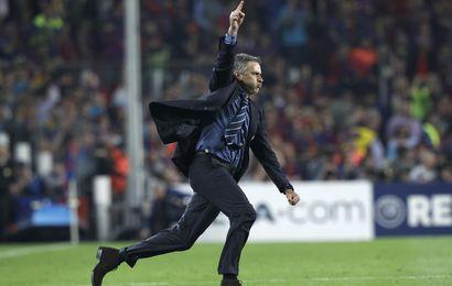 Mourinho fête la victoire face au Barça