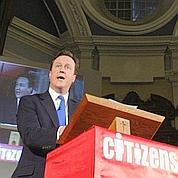 Cameron veut tenter de gouverner seul