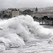 Vagues hors normes sur la Côte d'Azur