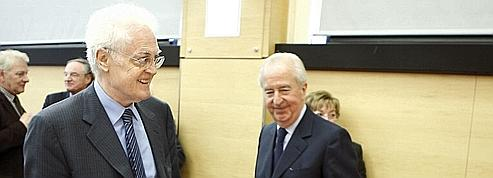 Cumul: Jospin conseille au PS d'attendre 2012