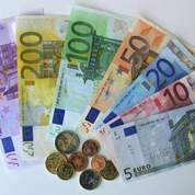 L'euro subit le marasme en Europe