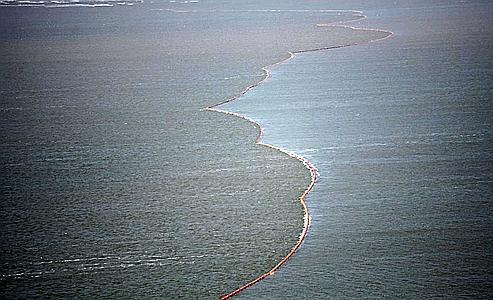Combat géant contre la marée noire en Lousiane