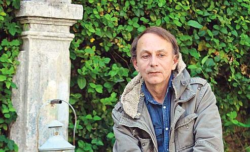 Michel Houellebecq «recruté» à prix d'or chez Fayard dans l'espoir qu'il remporte le prix Goncourt pour «La Possibilité d'une île»... En vain.