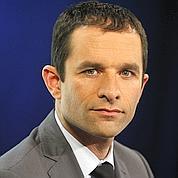 Le PS demande à Fillon d'assumer la «rigueur»