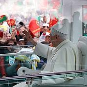 À Fatima, le pape prône la «saine» tradition