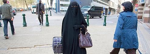 Burqa : l'UMP en désaccord avec le Conseil d'État