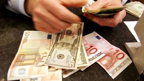 L'euro continue d'être sévèrement attaqué