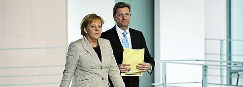 Sauvetage de l'euro: Berlin réserve son aide