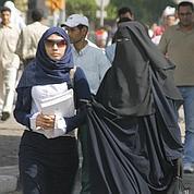 La burqa réglementée dans certains pays