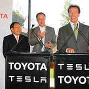 Toyota et Tesla lancent une berline électrique