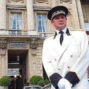 Rénovation forcée pour les palaces parisiens