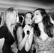 Le karaoké reprend le micro dans les clubs