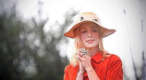 La chanteuse suédoise Lisa Ekdahl classe deux de ses albums dans les trois premières places de notre top des ventes de CD.