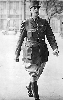 De Gaulle le 25 juin 1940 à Londres. (AP)