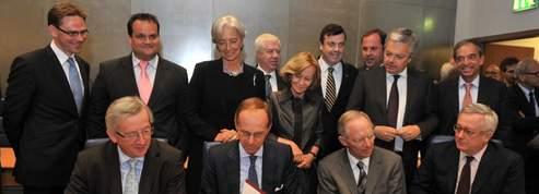 Déficits : Bruxelles devra valider les budgets nationaux