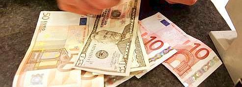 L'euro chute sous 1,19 dollar