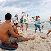 La marée noire atteint les côtes de Floride
