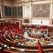 Courte majorité pour la réforme territoriale