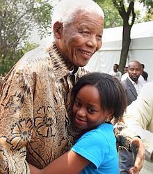Nelson Mandela et Zenani, en 2008.