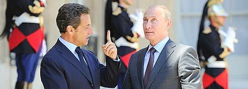 Mistral: Poutine maintient la pression sur la France