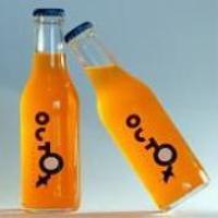 Outox a déjà été commercialisée en bouteille au Japon et au Canada dans le cadre de soirées événementielles.