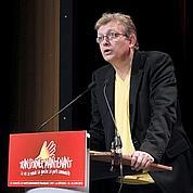 Pierre Laurent est élu à la tête du PCF