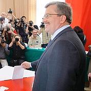 Élections en Pologne : Komorowski en tête