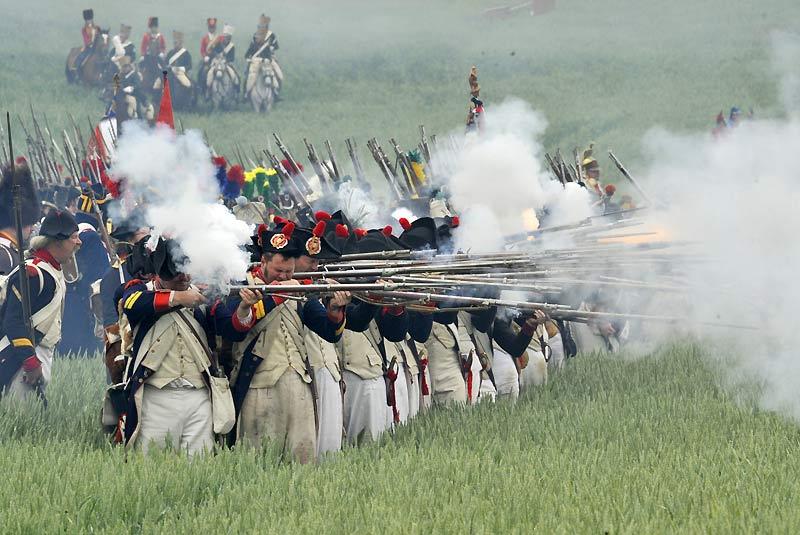 Dimanche 20 juin, plus de 3.000 figurants ont participé à la reconstitution de la bataille de Waterloo (Belgique), perdue par Napoléon il y a 195 ans face à une coalition formée entre autres par les Prussiens et les Britanniques.