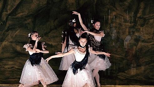 (Photo: Icare / Opéra national de Paris)