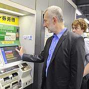 Le patron de la SNCF teste les trains en Asie
