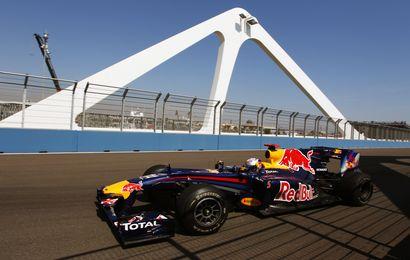 Vettel revient en force
