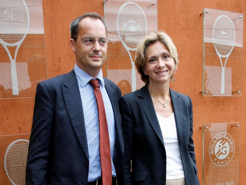 />Jérôme Pécresse, patron d'entreprise.</b> L'époux de la ministre de l'Enseignement supérieur et de la recherche est directeur général délégué d'Imerys, un groupe de minerais industriels.&nbsp;&raquo; height=&nbsp;&raquo;377&Prime; /></p> <p><strong><font face=