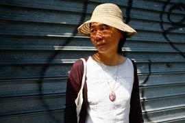 Cheng-Chi habite depuis six ans à Belleville. Elle a déjà subi deux agressions. Un traumatisme qui la hante. (Fanny Tondre)