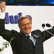 Le libéral Komorowski élu président polonais