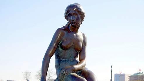 La statue de la petite sirène, à l'entrée du port de Copenhague au Danemark. Crédits photo : DR.