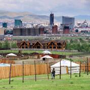 Mongolie: les rêves dorés de «Yourteville»