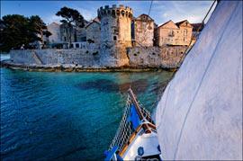 Les remparts de la vieille ville de Korcula. C'est en participant à une bataille navale au large de cette île que Marco Polo fut fait prisonnier par les Génois... (Eric Martin/Le Figaro Magazine)