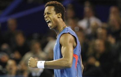 Monfils bat Ferrer en ouverture du quart de finale de Coupe Davis