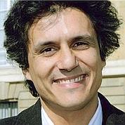 Rachid Nekkaz (DR).