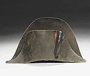 Napoléon et son chapeau légendaire