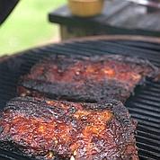 Du charbon à barbecue fait de bois toxique