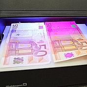 Les faux billets en euros ont moins la cote