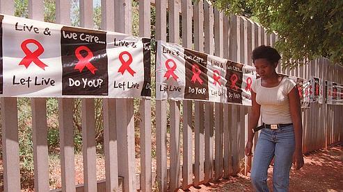 Un gel prometteur pour protéger les femmes du sida dans Actualité d1120c56-93f4-11df-be6b-a7ece5c810c4