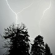 Pluies et orages traversent la France