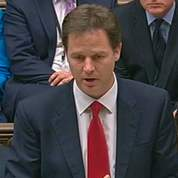 Une gaffe de Clegg met à mal la coalition