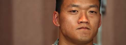 Renvoyé de l'US Army pour avoir révélé qu'il était gay