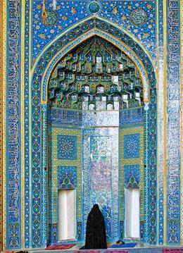 Fille du désert, la «noble cité de Yazd» évoquée par Marco Polo occupe un carrefour stratégique. Ici, le mihrab de la mosquée du Vendredi. (Éric Martin/Le Figaro Magazine)