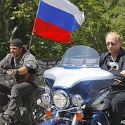 À Sébastopol, Poutine roule des mécaniques