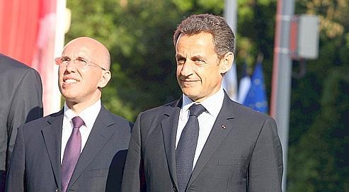 Nicolas Sarkozy à Nice, en mai dernier, avec le député Eric Ciotti,qui défendra les propositions du gouvernement dans un texte à la rentrée.